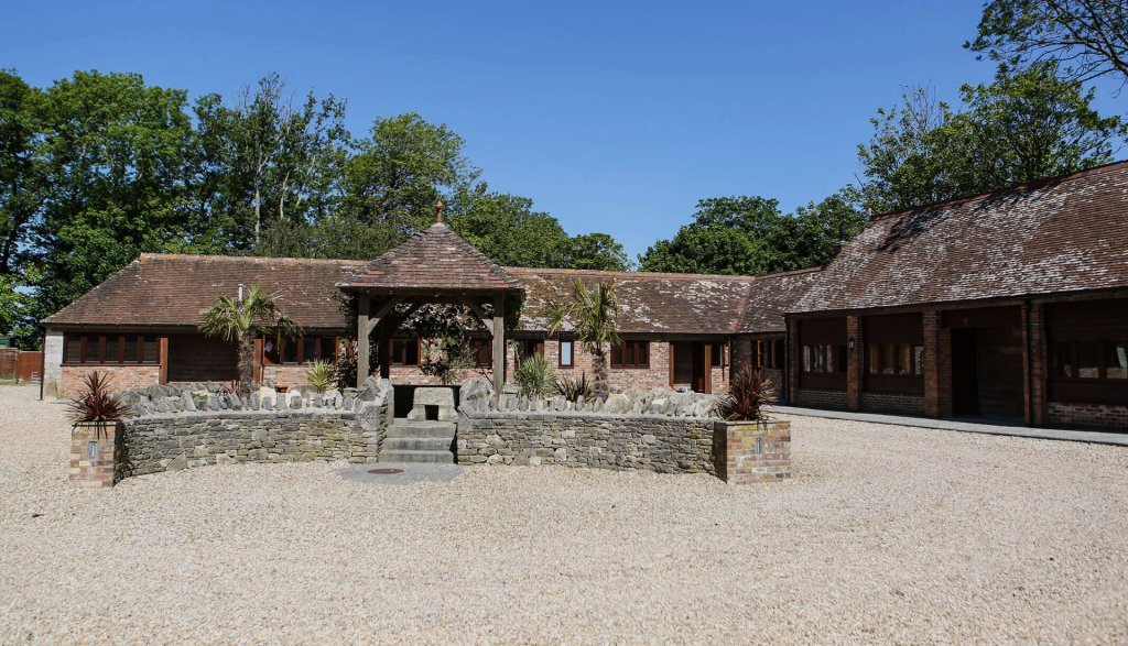 Kingston Country Courtyard (Purbeck)