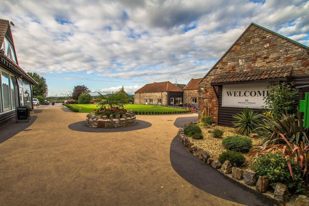 Mendip Spring Clubhouse