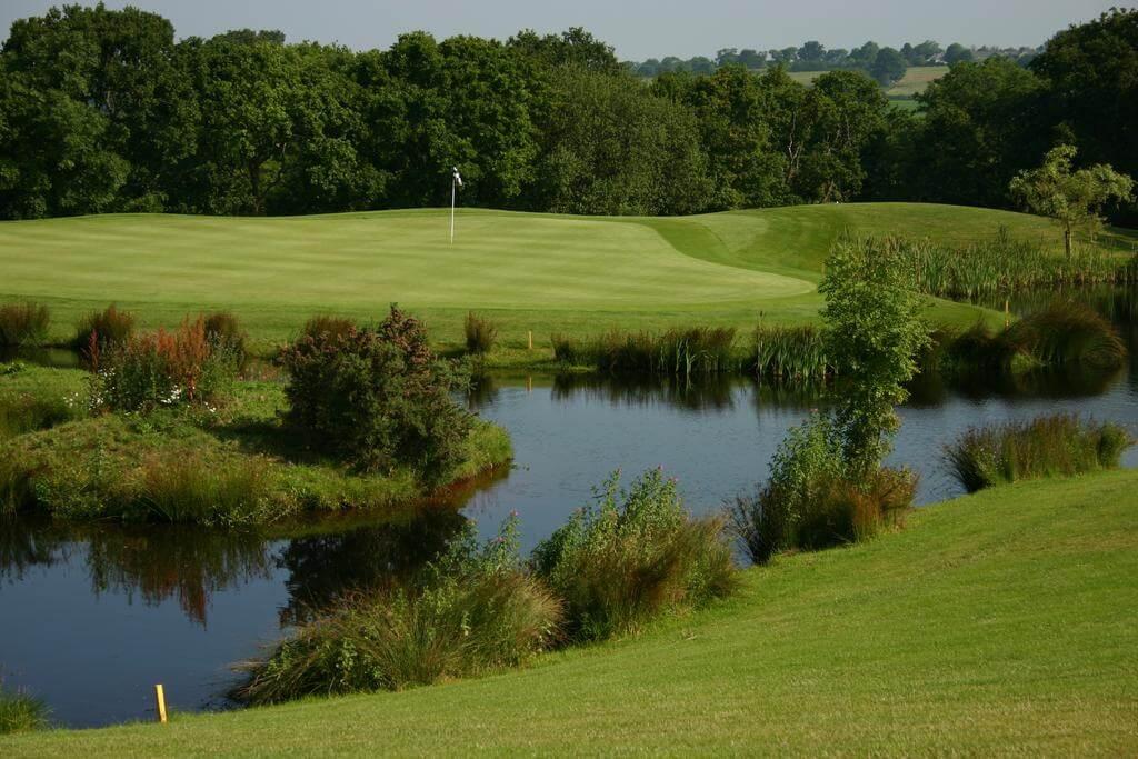 Woodbury Park Course 6