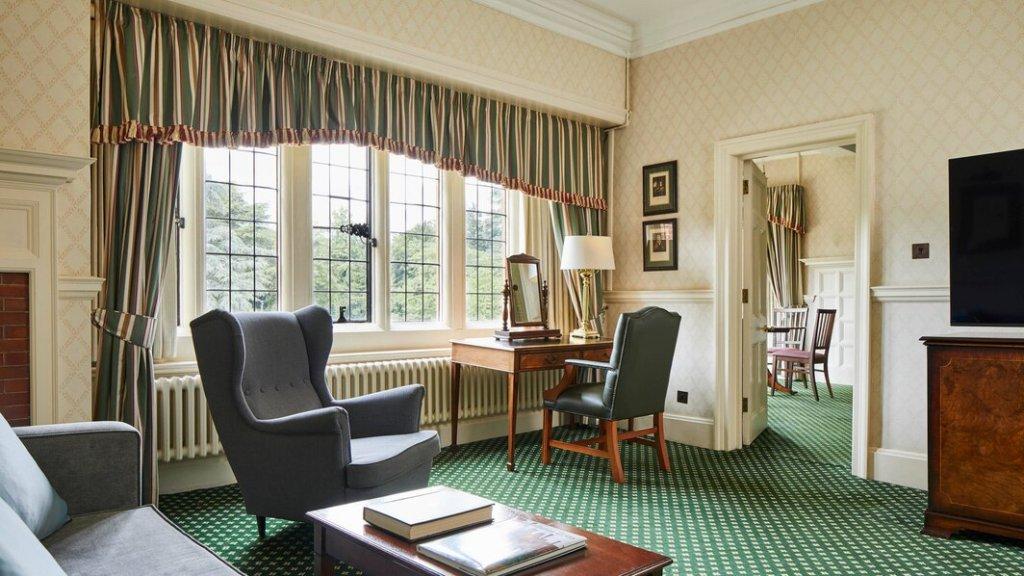 Hanbury 1 bedrooms suite