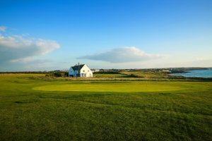Trevose Headland_Headland-Course-lead-image-of-5th-green