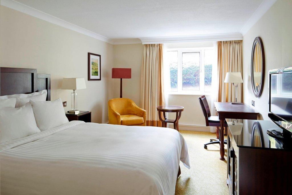 Tudor Park Hotel Guest Room