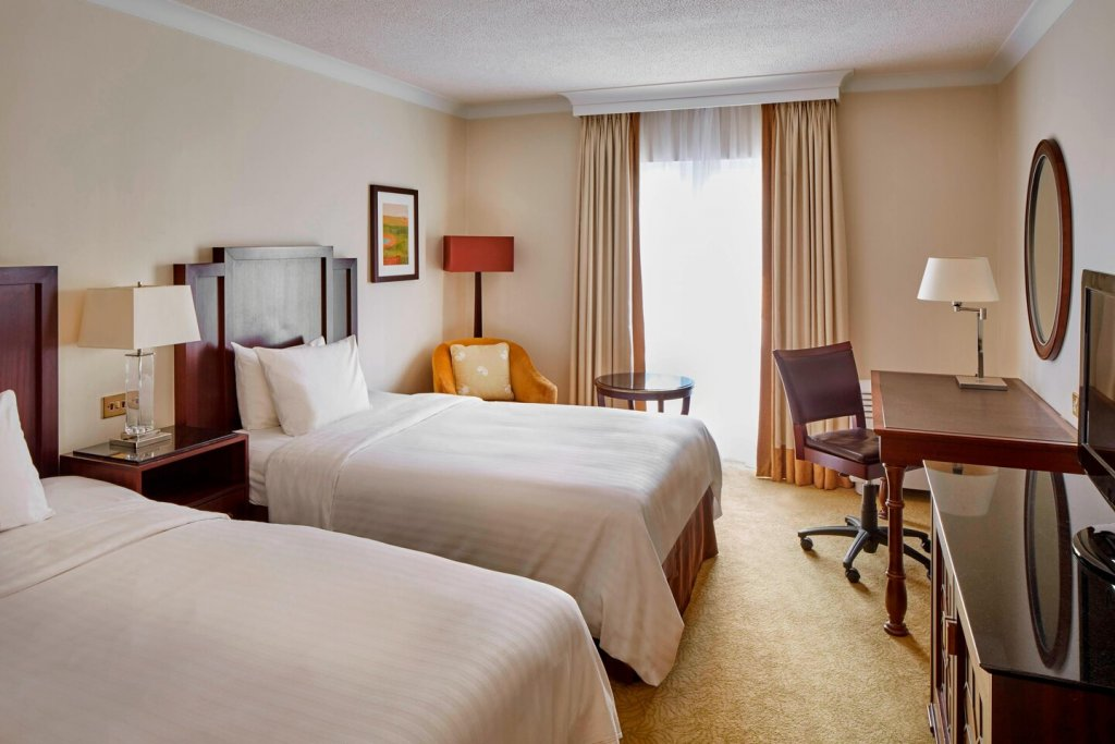 Tudor Park Hotel Twin Guest Room
